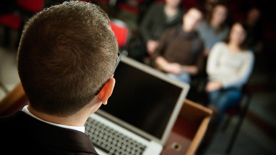 Delivering Dynamic Presentations