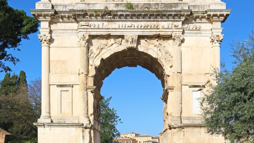 The Glory of Rome in Arches and Vaults