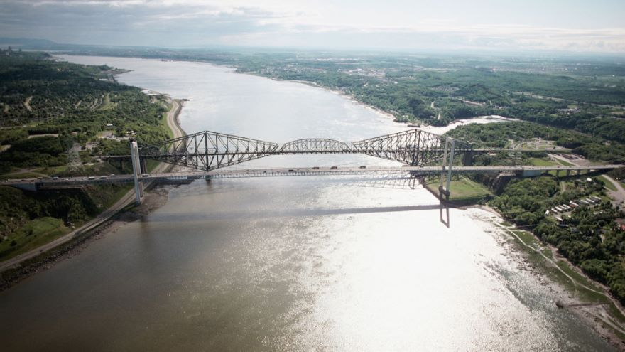 Great Cantilever Bridges-Tragedy and Triumph
