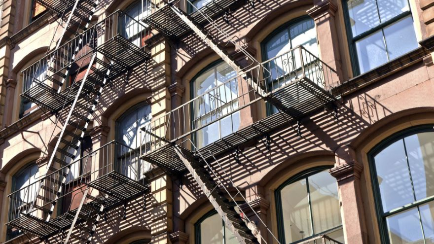 The Rise of Iron- and Steel-Framed Buildings