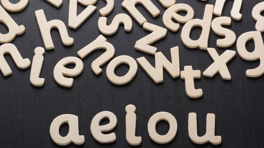 How Language Changes-Sound Change