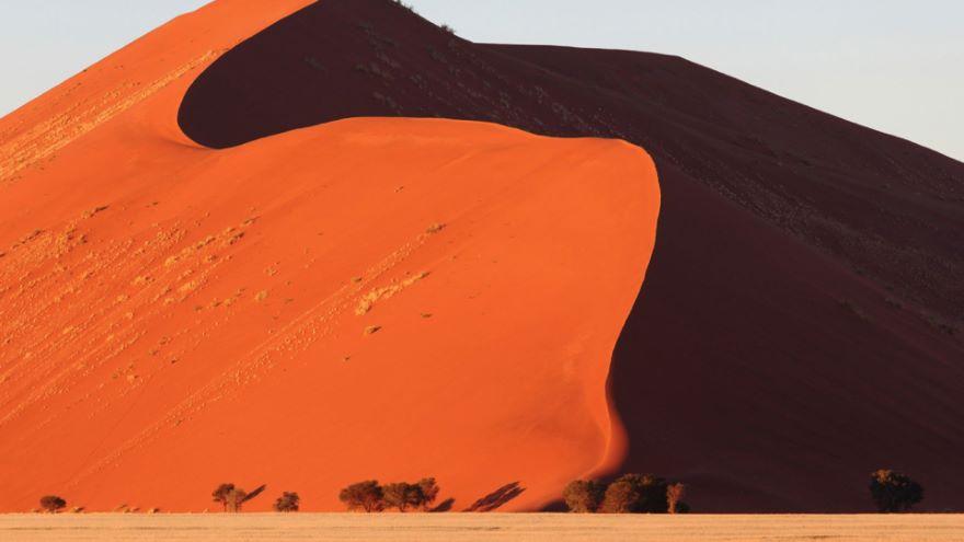Namib/Kalahari Deserts-Sand Mountains