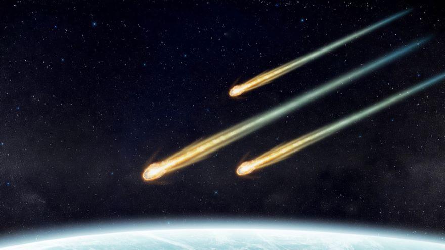 Comets-Gorgeous Primordial Snowballs