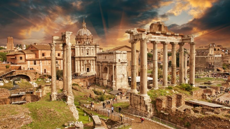 Roman Novels: Satyricon and The Golden Ass