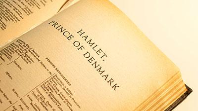 Hamlet-The Protestant Hero