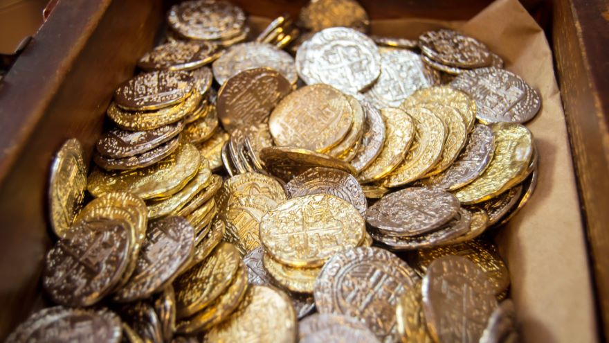Buried Treasure and Pirate Economics