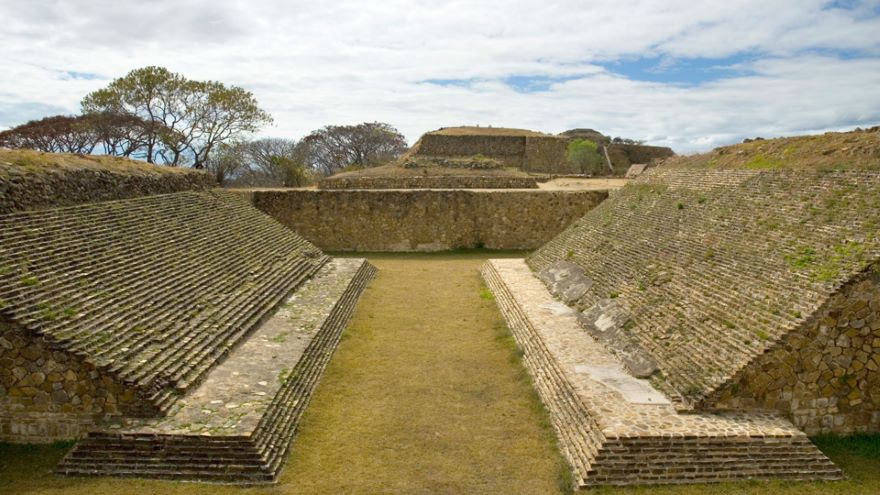The Mixtec Rise-Gold and Epic Stories