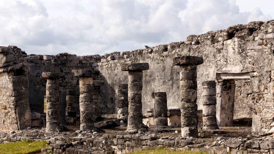 Tulum-Aztecs at the Ancient Maya Port City