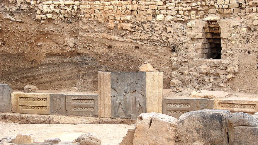 The Hana Kingdom and Clues to a Dark Age