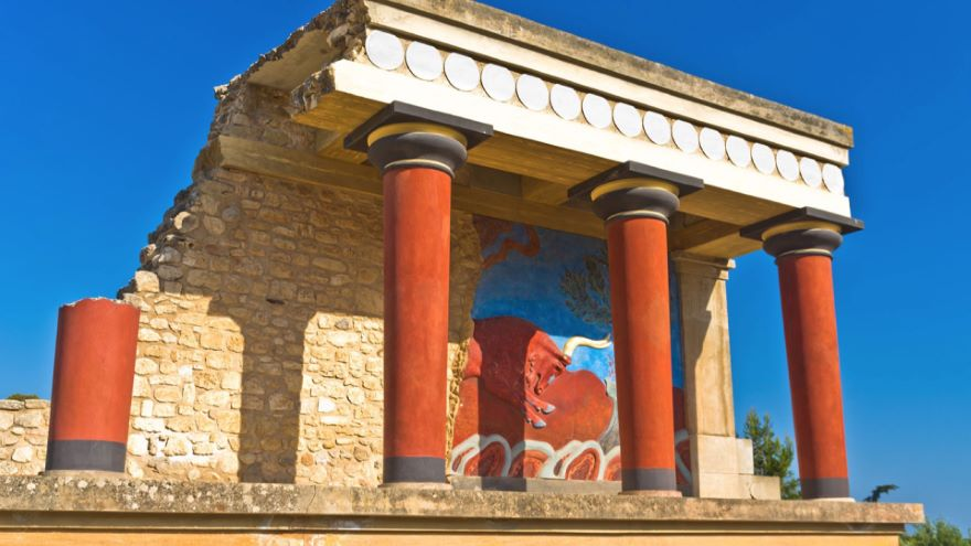 Lure of the Labyrinth-Palace at Knossos