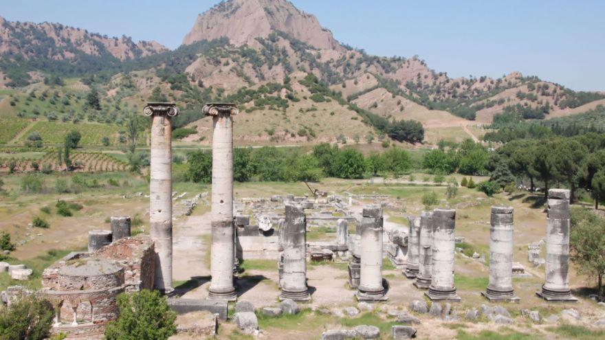 Royal Cities of Asia-Pergamon and Sardis
