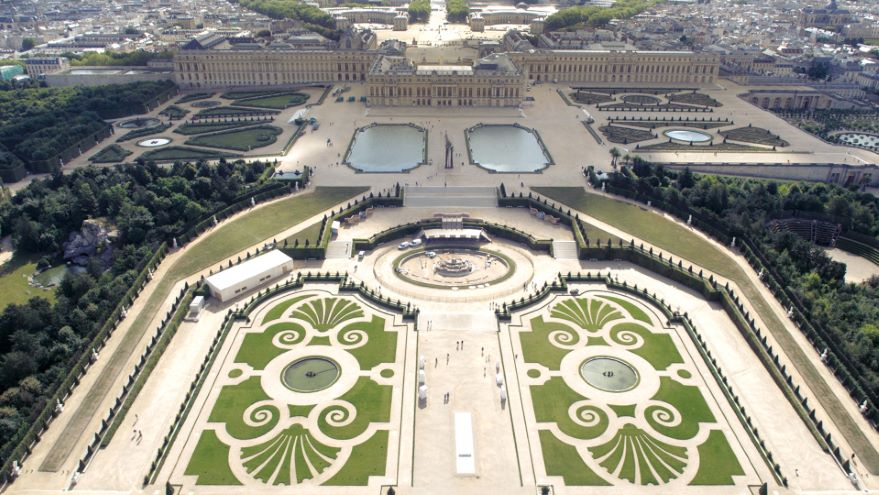 Renaissance Palaces and the Classical Revival