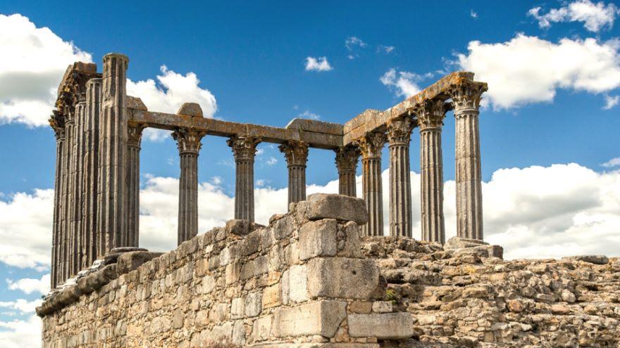 Christianizing the Roman World
