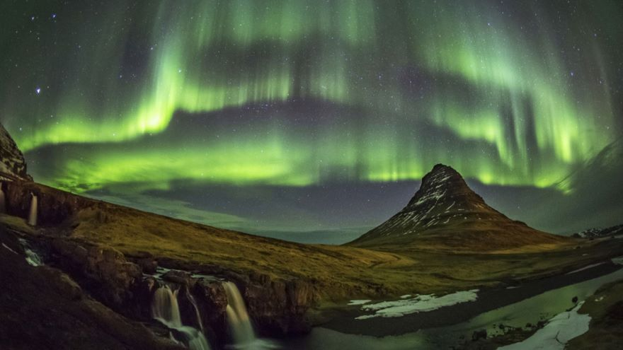 Science and Spirits of the Arctic Sky