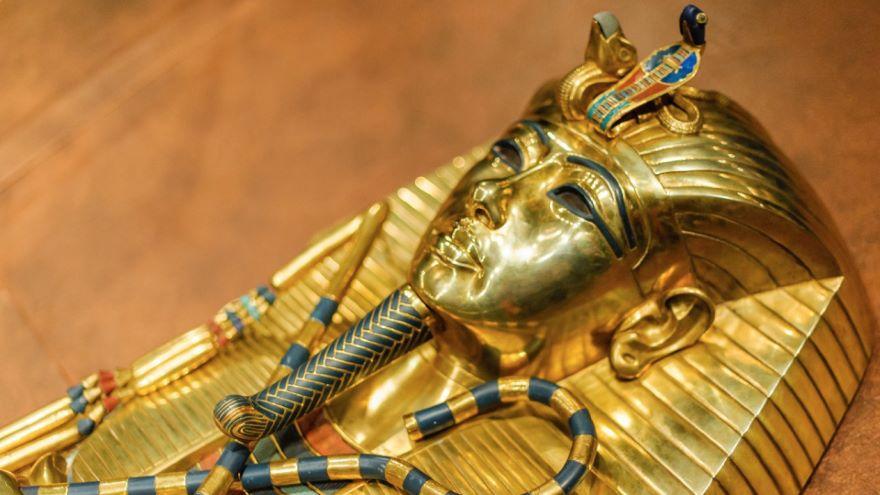 King Tut's Magic Mirror and Sarcophagus