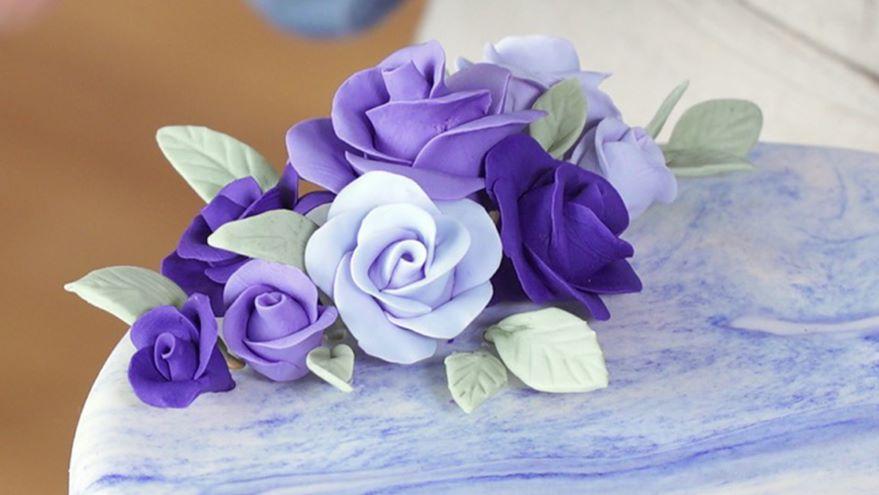 Fondant: 3-D Roses