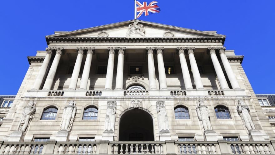 Banks, Central Banks, and Modern States
