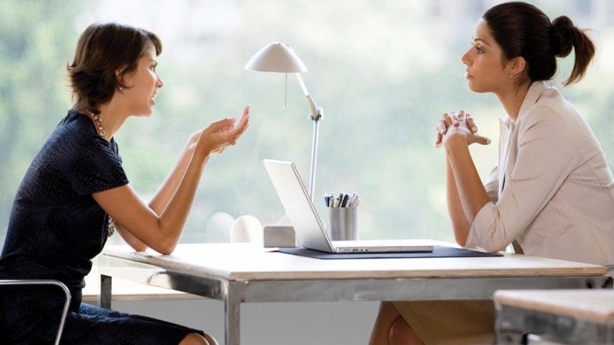 Interpreting Nonverbal Communication