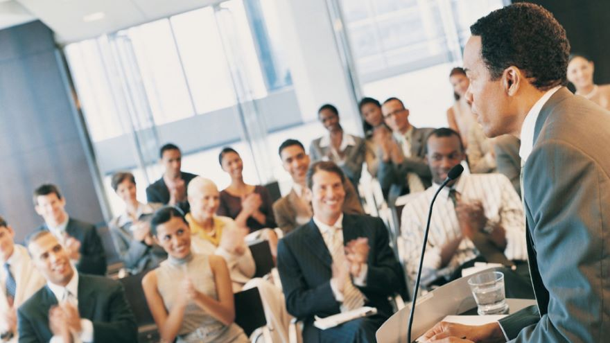 Delivering Effective Speeches