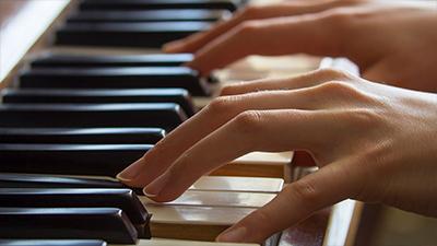 Mozart-Piano Concerto No. 25 in C Major, IV