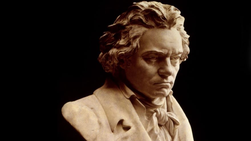 Beethoven and the Piano