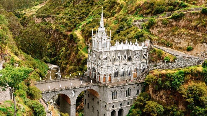 La Compania and Las Lajas Sanctuary