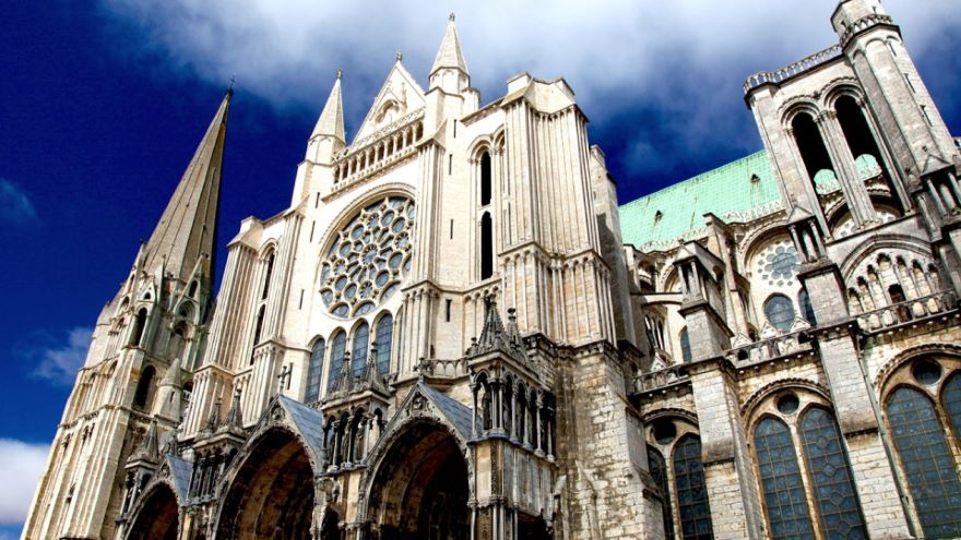 Chartres-The Building