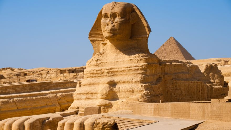 The Great Sphinx and the Giza Plateau