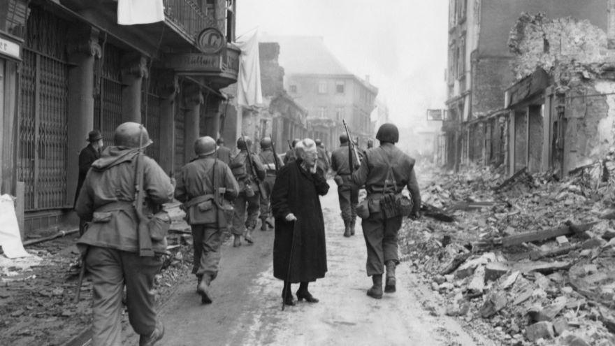 World War II: The Unfamiliar Eastern Front