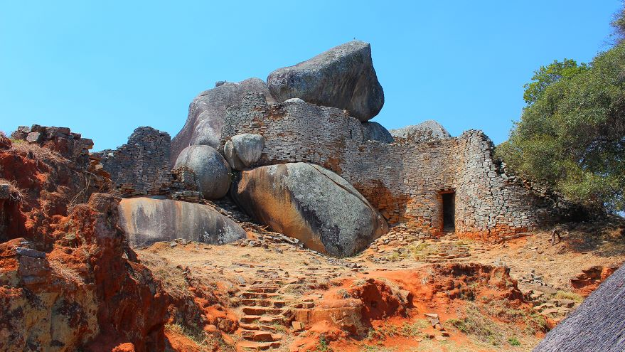 Great Zimbabwe and the Cities of the South