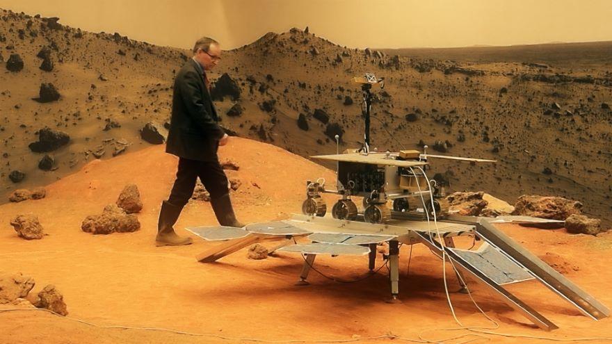 Martian Attractions