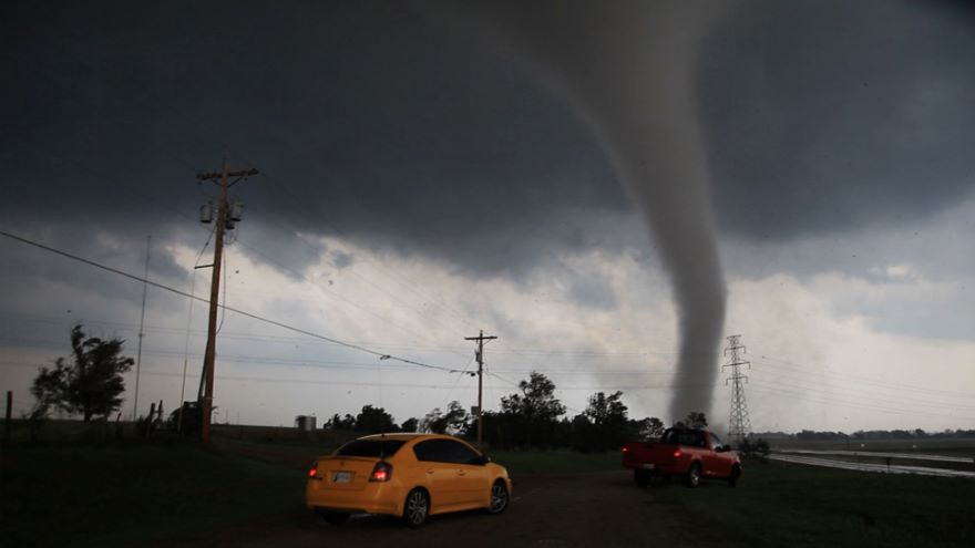 Super Tornado: Anatomy of a Megadisaster