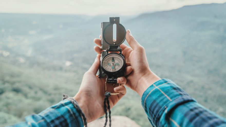Navigating with a Compass